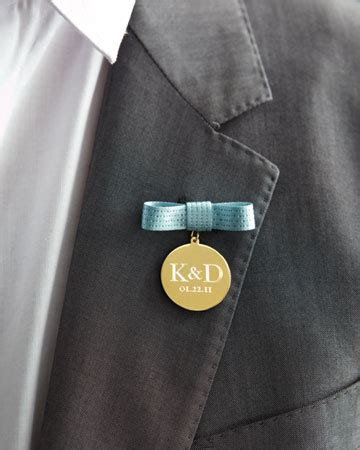Medal Boutonnieres   The Family Chapters